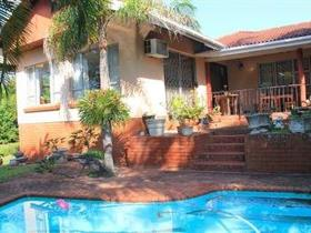5 Bedroom House for sale in Scottburgh South - Scottburgh
