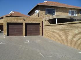 4 Bedroom Apartment / flat for sale in Sinoville - Pretoria