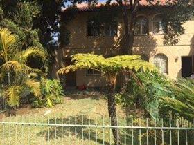 2 Bedroom Townhouse to rent in Queenswood - Pretoria