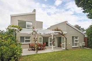 3 Bedroom House to rent in Voelklip - Hermanus