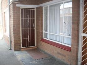 Apartment - Kempton Park
