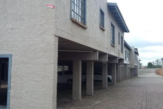 Featuring 2 bedrooms, 1 full bathroom, open plan lounge and stunning kitchen with lots of storage. Prepaid meter, communal braai. ...