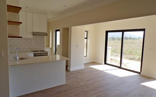 2 Bedroom Townhouse for sale in Paarl South