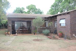 2 Bedroom House to rent in Ruimsig - Roodepoort