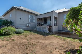 6 Bedroom House for sale in Tafelzicht - Malmesbury