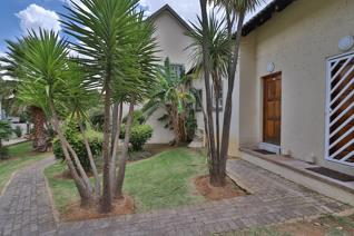2 Bedroom House to rent in Bassonia - Johannesburg