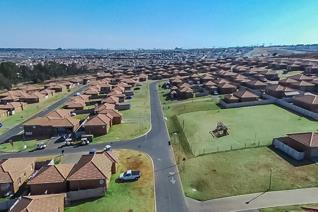 3 Bedroom House to rent in Blue Hills AH - Midrand
