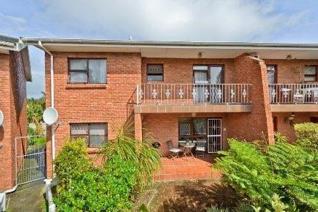 2 Bedroom Townhouse to rent in Kabega - Port Elizabeth