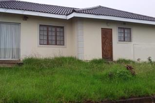 Stay in one and rent out the other. This property is situated in Sidwadwa.  This large property boasts 2 dwellings.  The main house ...