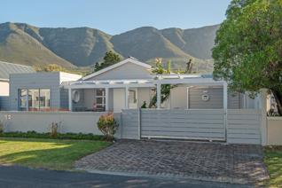4 Bedroom House for sale in Onrus - Hermanus