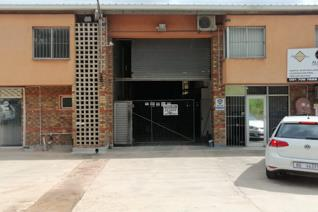 Industrial property to rent in Mountain Ridge - Pinetown