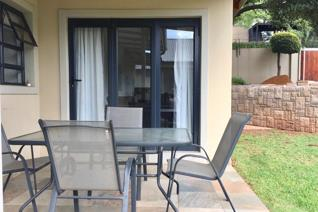 2 Bedroom House to rent in Forest Town - Johannesburg