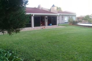 4 Bedroom House for sale in Flamingo Park - Welkom
