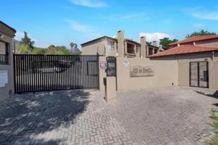 2 Bedroom Apartment / flat for sale in Ferndale - Randburg