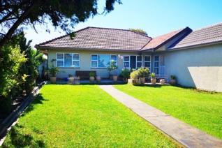 4 Bedroom House for sale in Oakdale - Bellville