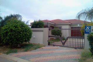A spacious and modern 3 bedroom stand alone house available immediately for occupation. ...