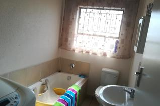 3 Bedroom House to rent in Vanderbijlpark CE7 - Vanderbijlpark