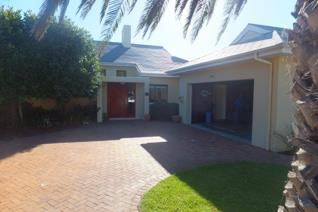 3 Bedroom House to rent in Lake Michelle Security and Eco Estate - Noordhoek