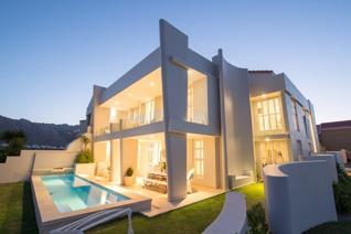 Ultimate luxury & quality in this remarkable multi-level, 666 m² ...