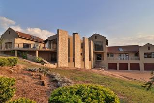6 Bedroom House for sale in Sonheuwel - Nelspruit