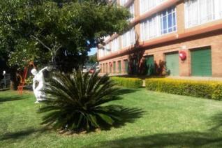 2 Bedroom Apartment / flat to rent in Weavind Park - Pretoria