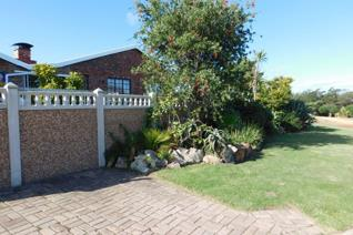 4 Bedroom House for sale in Boskloof - Humansdorp