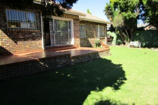 3 Bedroom House for sale in Marais Steyn Park - Edenvale