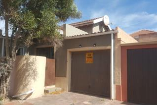 2 Bedroom House for sale in Bluewater Bay - Saldanha