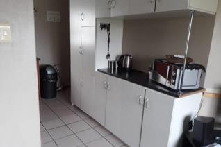 2 Bedroom Apartment / flat for sale in Anchorage Park - Gordons Bay