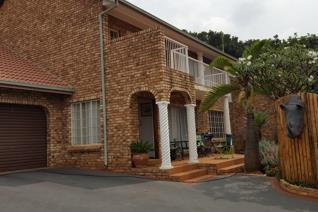 3 Bedroom Townhouse for sale in Magalieskruin - Pretoria