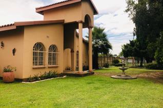 3 Bedroom House to rent in Risiville - Vereeniging