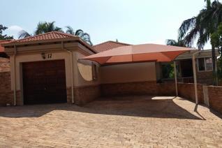 3 Bedroom Townhouse for sale in Cashan - Rustenburg