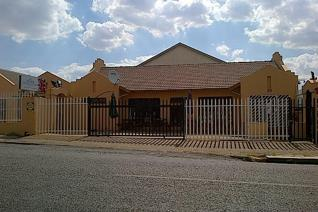 This commercial building in Krugersdorp is for Sale. This double storey building ...