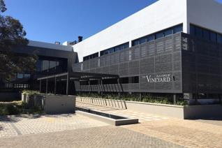 Commercial property to rent in Devonvallei - Stellenbosch