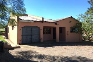 4 Bedroom House to rent in Northcrest - Mthatha