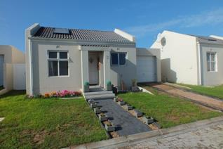 2 Bedroom House for sale in Mykonos - Langebaan