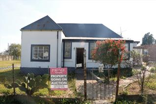4 Bedroom House on auction in Volksrust - Volksrust