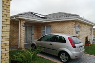 1 Bedroom Townhouse to rent in Walmer Heights - Port Elizabeth