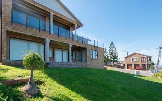 5 Bedroom House for sale in Dana Bay