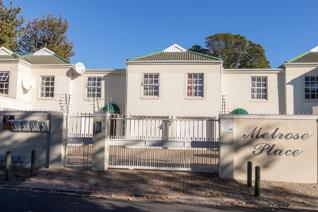 3 Bedroom Townhouse to rent in Claremont - Cape Town