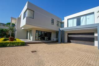 5 Bedroom House for sale in Mount Edgecombe North - Mount Edgecombe