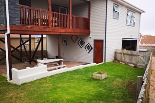3 Bedroom House to rent in Perlemoenbaai - Gansbaai