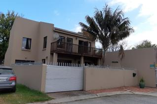 3 Bedroom Townhouse to rent in George East - George