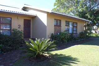 This beautiful family home is situated in the beloved area, Fraaiuitsig, with the garden creating a warm atmosphere to the house.  The ...