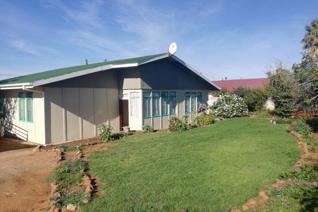 House for sale in Oviston - Venterstad
