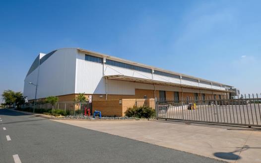 Industrial Property to rent in Louwlardia