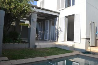 3 Bedroom Townhouse to rent in Dainfern Golf Estate - Sandton