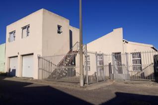 4 Bedroom House for sale in Strandfontein - Strandfontein