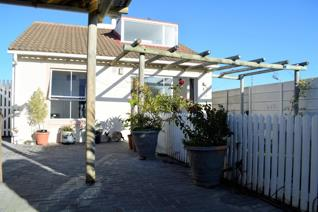 3 Bedroom House for sale in Muizenberg - Cape Town
