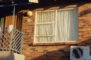 2 Bedroom Apartment / flat to rent in Pellissier - Bloemfontein